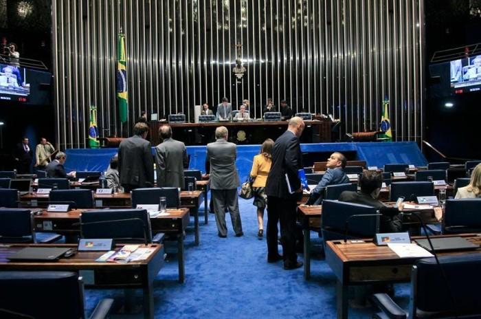 Senado vota