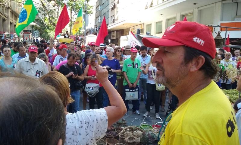 Vigília contra golpe