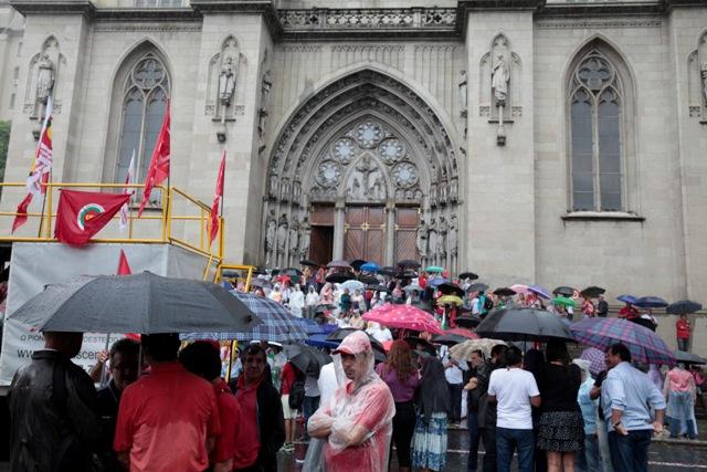 Ato de apoio ao ex-presidente Luiz Inácio LULA da Silva e pela democracia.