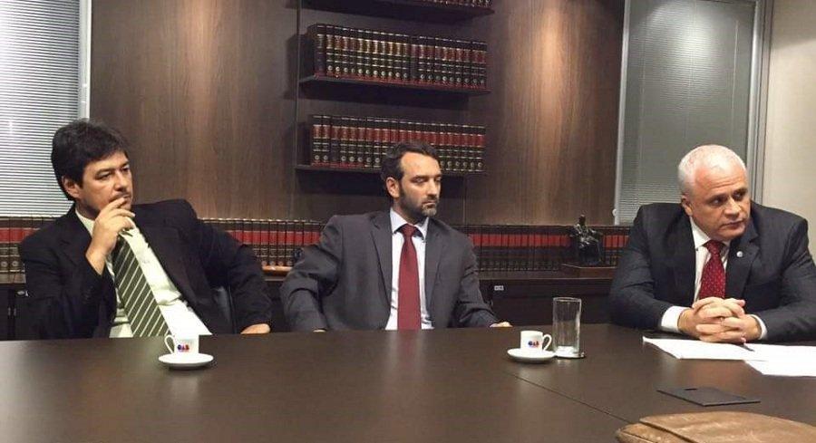 Advogados3