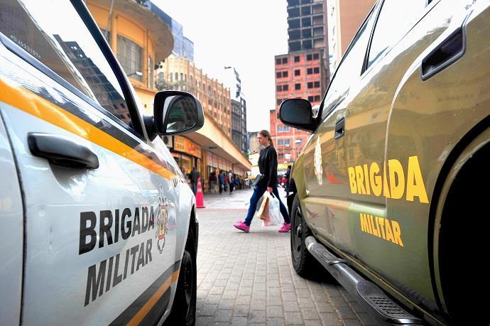 Polícia e Brigada