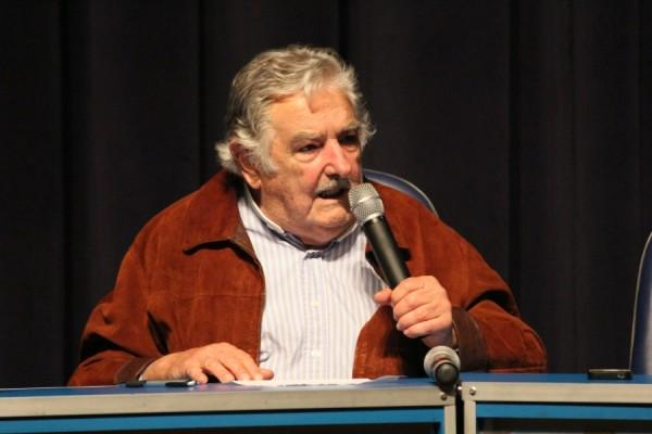 mujica1