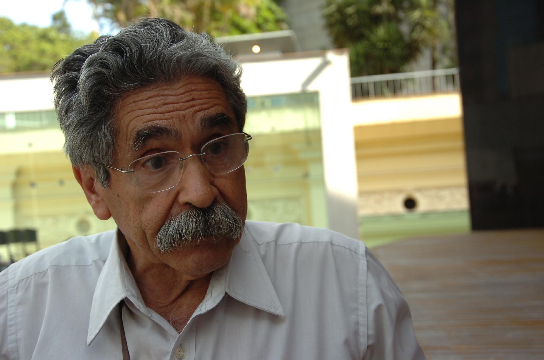 04p7f01DESCRIÇÃO: Ex- governador Olívio Dutra.