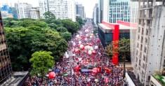 Paulista lotada