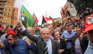 Lula em Curitiba3