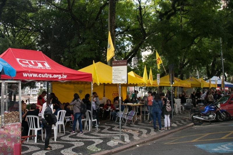 09/05/2017 - PORTO ALEGRE, RS - Vigília de servidores estadudais e sindicatos. Foto: Maia Rubim/Sul21
