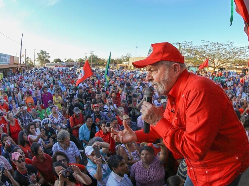 Lula no MST