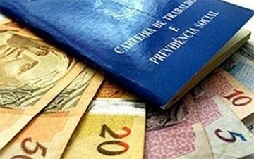Carteira e dinheiro1