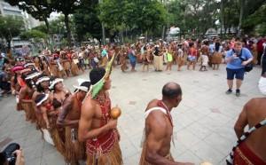 Índios na abertura