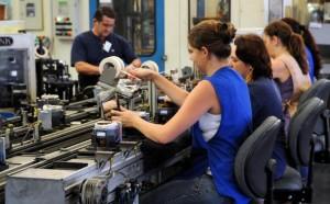 Mulheres na fábrica1