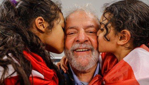Lula beijado1