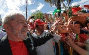 Lula com o povo3