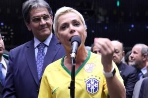 cristiane brasil 2