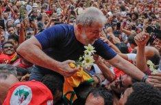 Lula absolvido