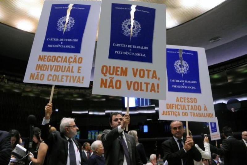 Reforma trabalhista votação