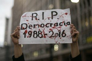 RIP Democracia