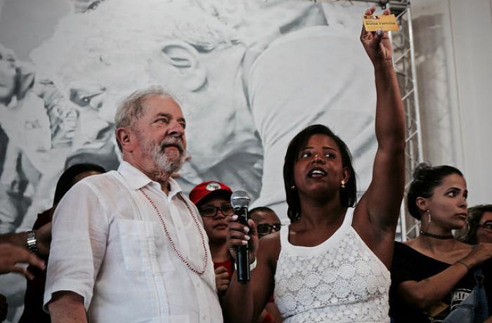 Lula com negra