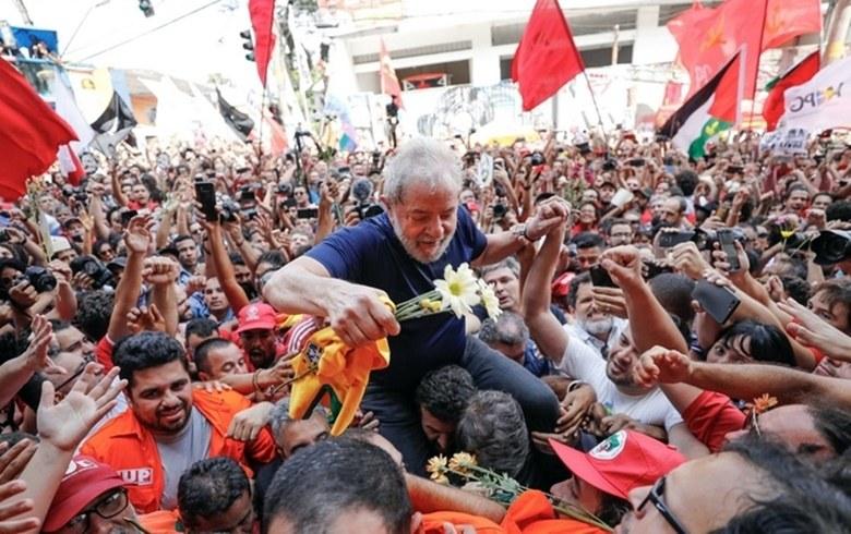Lula na massa1