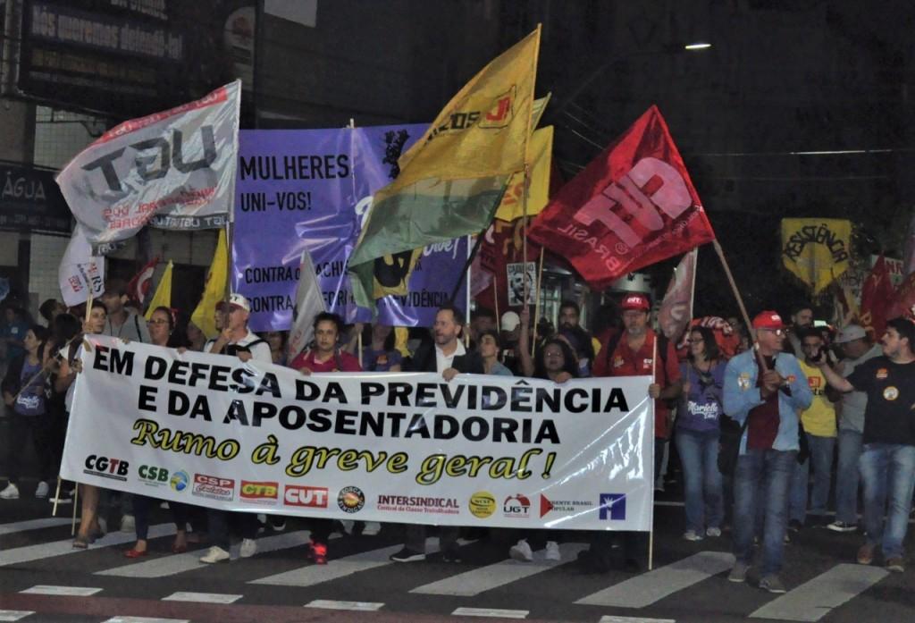 Marcha de abertura