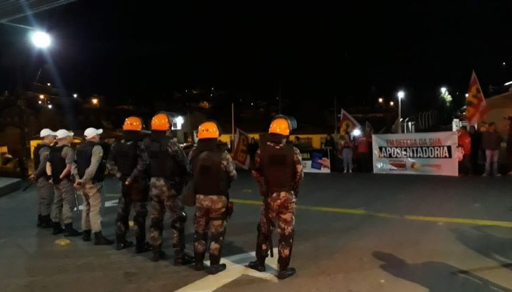 Violência em Caxias