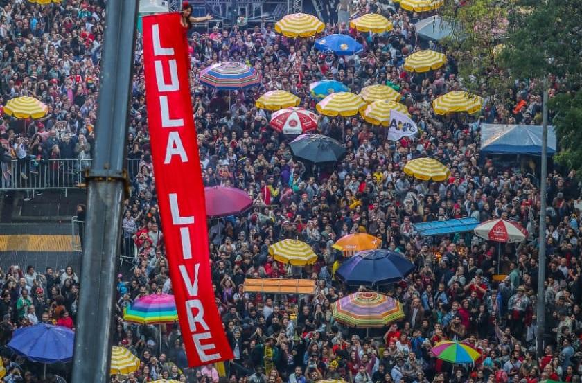 Lula livre 80 mil-1