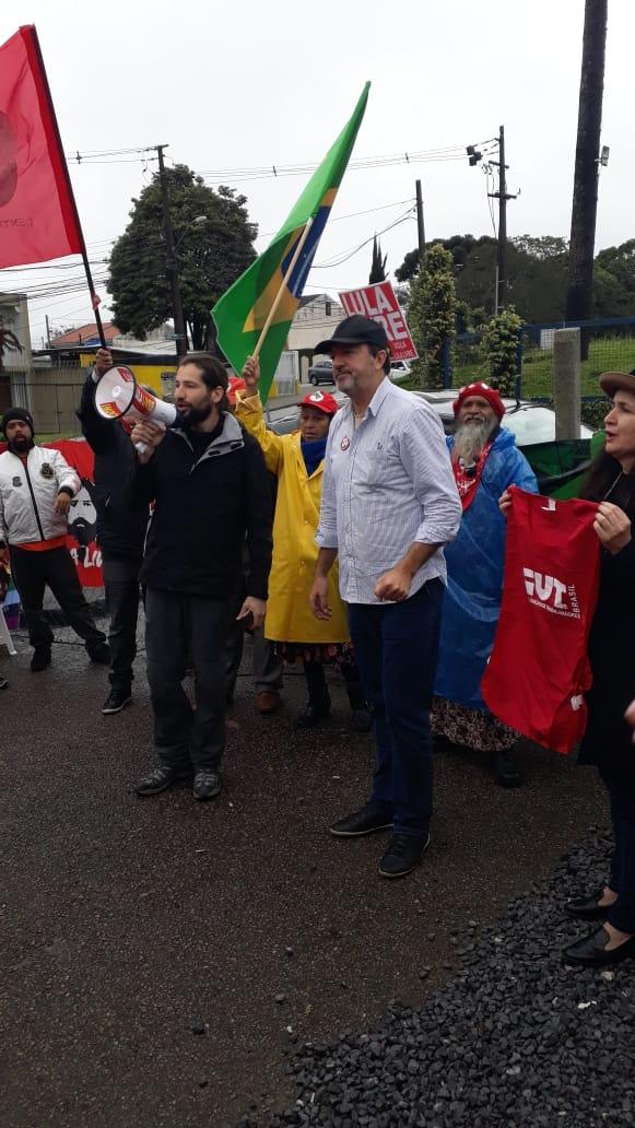 Claudir no Lula livre
