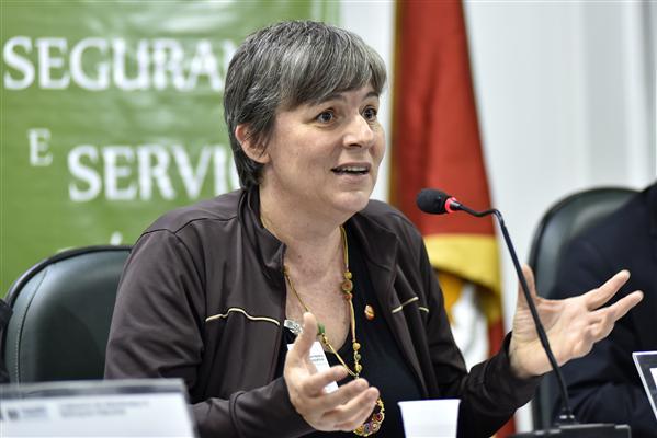 Cecília Semapi