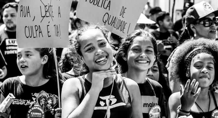 Estudantes na greve