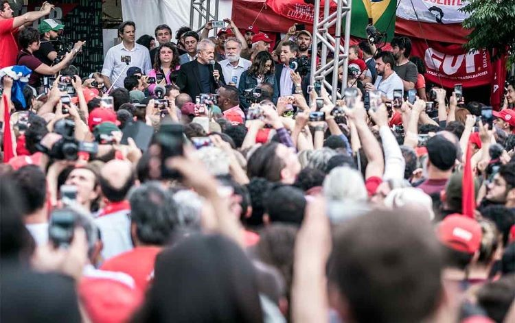 Lula livre discursa (2)