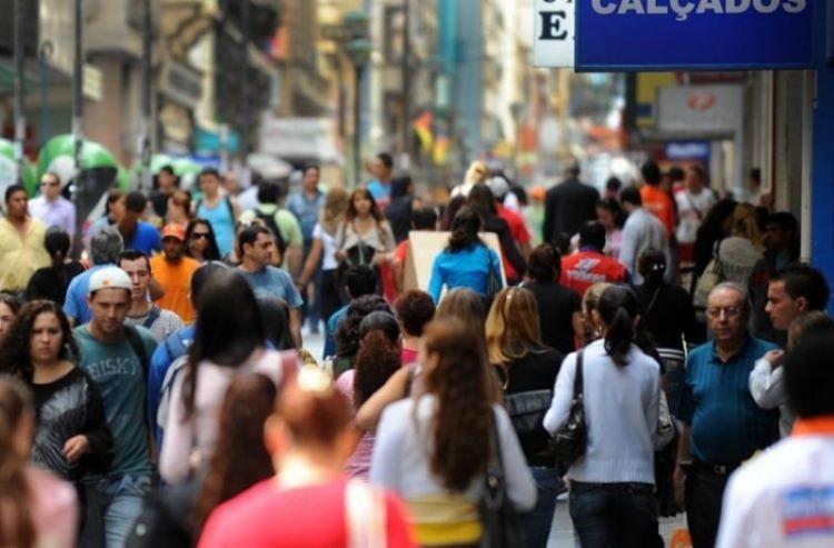 Povo na rua (2)