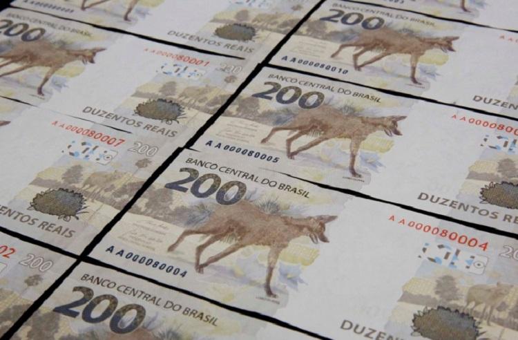 Notas de R$ 200