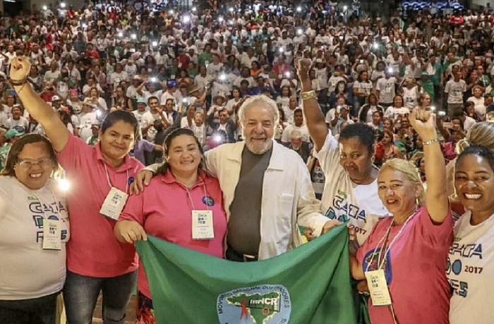 Lula com catadores
