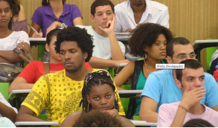 Negros na universidade