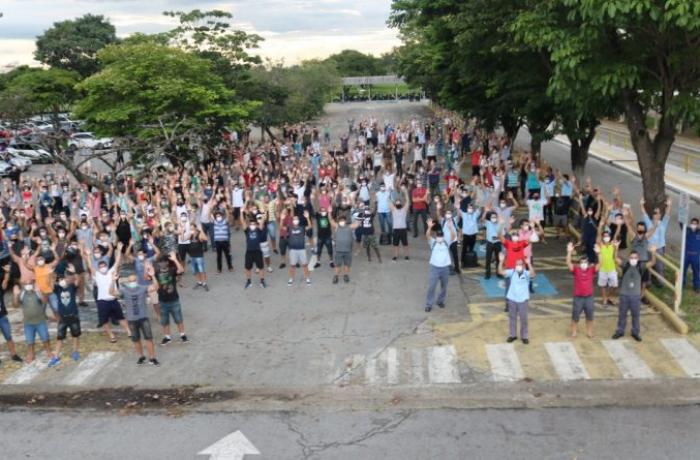 Ford protesta