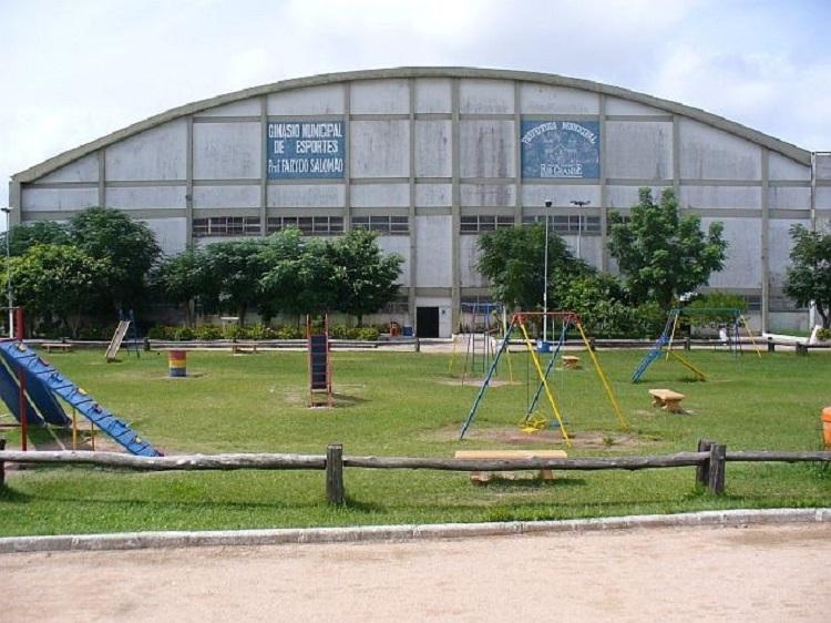 Escola de Rio Grande