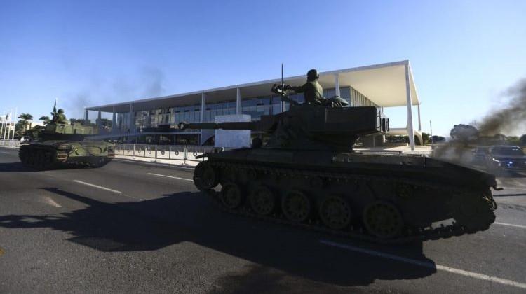 Tanque vazando (2)