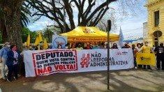 Cachoeira protesta (2)